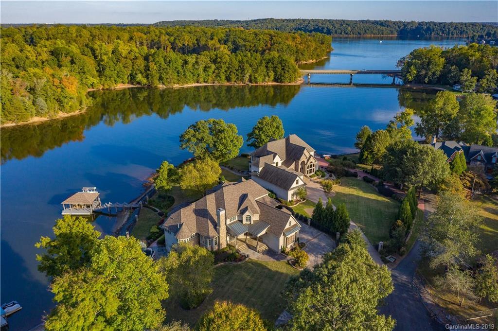 Property for sale at 111 Catawba Cove Lane, Belmont,  North Carolina 28012