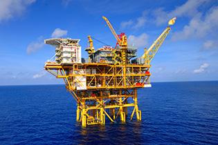 20141201-oilplatform