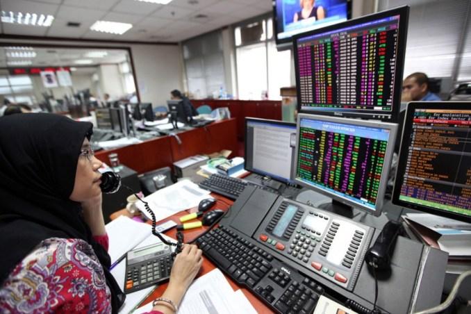 Indonesia Stock Rally Depends On Oil, Subsidies, Danareksa Says
