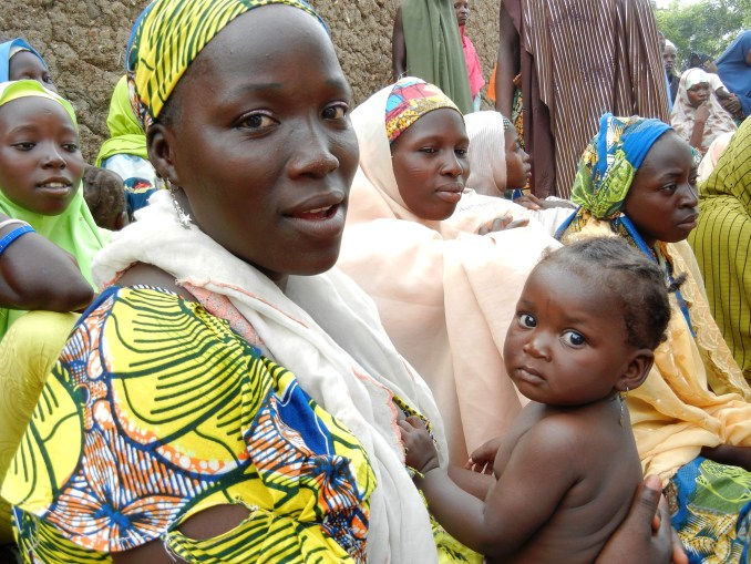 20160621-A_woman_attends_a_health_education_session_in_northern_Nigeria