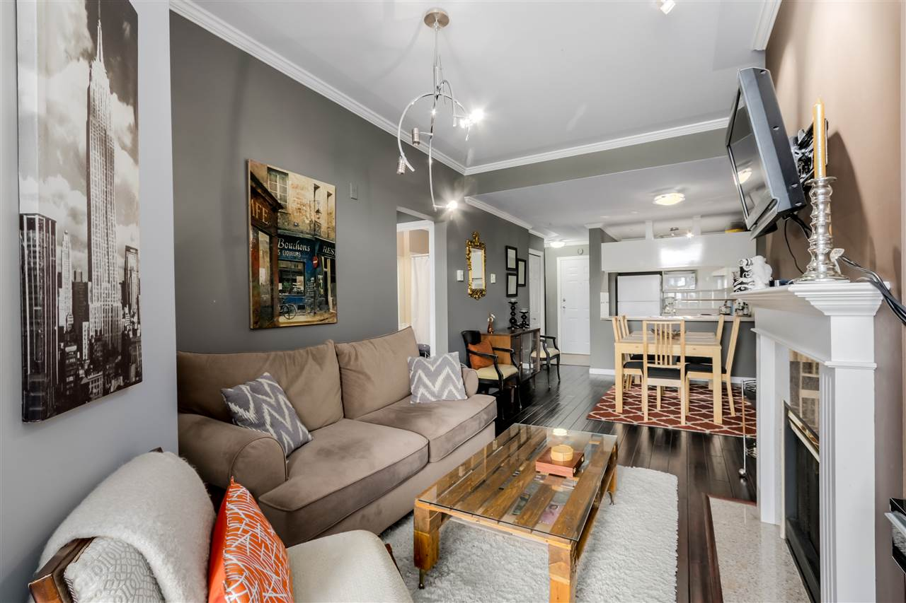 """Main Photo: 409 3638 W BROADWAY in Vancouver: Kitsilano Condo for sale in """"Coral Court"""" (Vancouver West)  : MLS(r) # R2061285"""