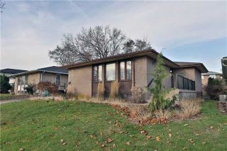 Main Photo: 2423 Bonner Road in Mississauga: Clarkson House (Bungalow-Raised) for sale : MLS® # W3991956