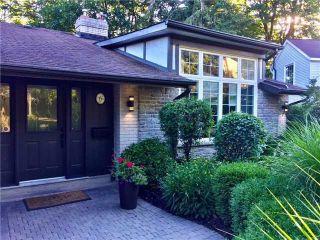 Main Photo: 6 Ainsley Gardens in Toronto: Princess-Rosethorn House (Backsplit 4) for sale (Toronto W08)  : MLS® # W4026566