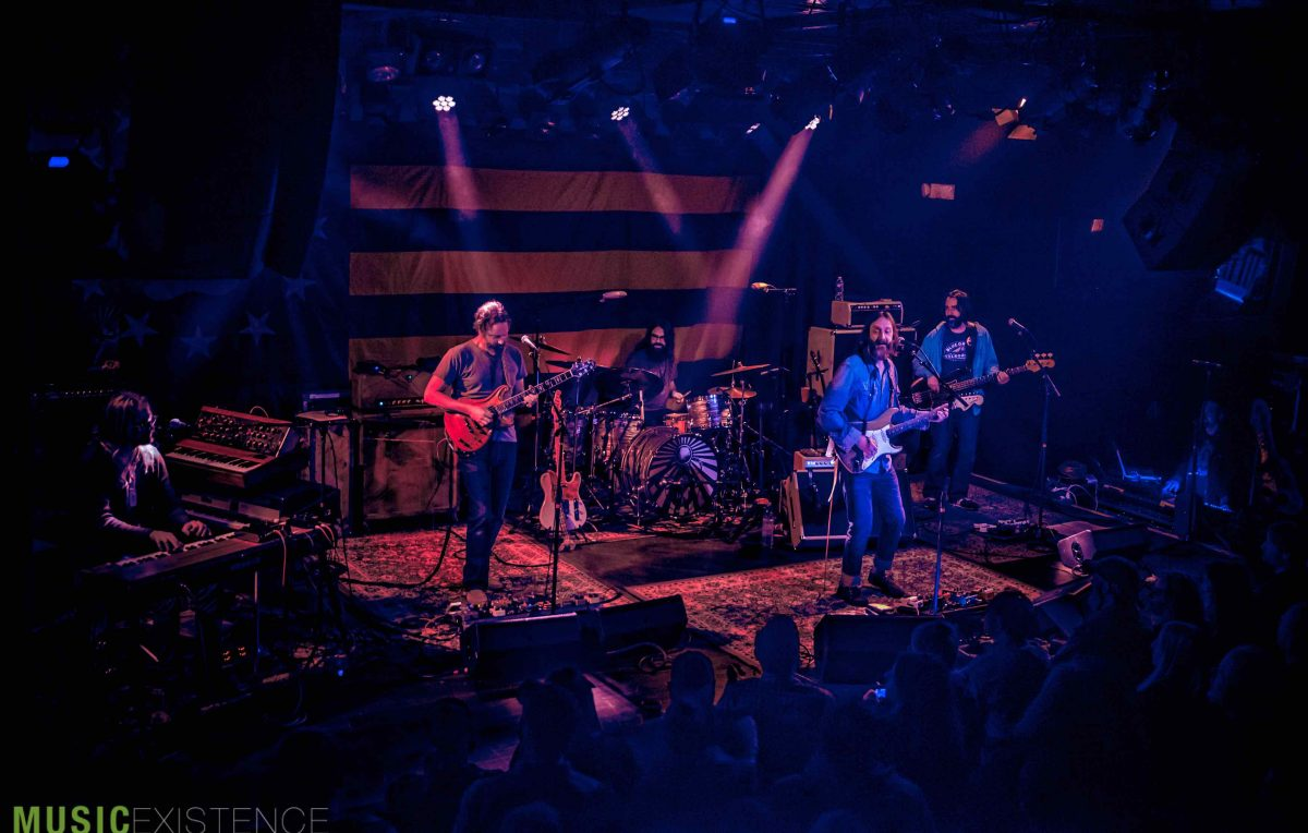 Live Review + Gallery: Chris Robinson Brotherhood at the Paradise in Boston, MA 11.10.18 - Music Existence
