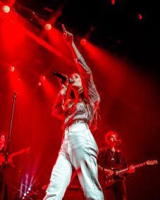 picsbydana-Maggie-Rogers-Fox-Theater-Oakland-28
