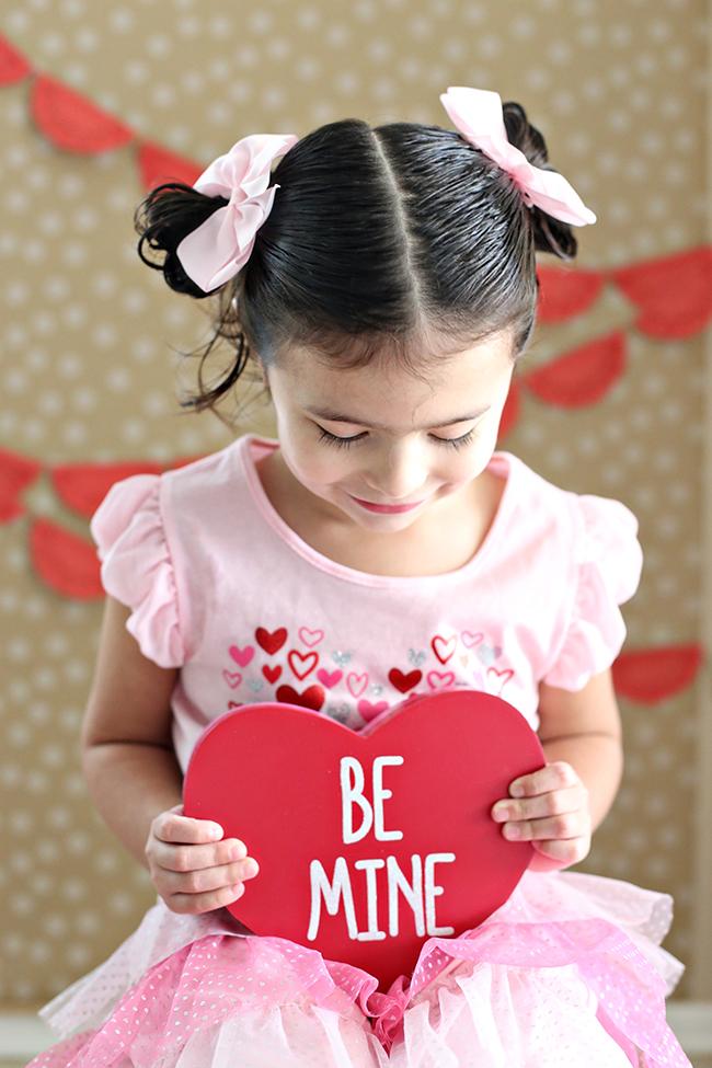 Easy Valentines Day Photo Backdrop MyPrintly