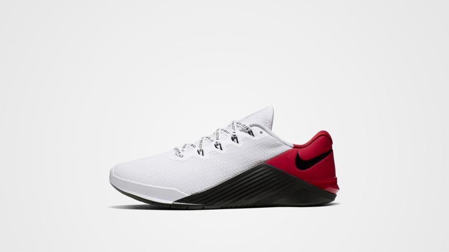 Nike metcon 5 plus 1 hd 1600