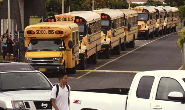 Image result for school buses lined up at elementary school pictures