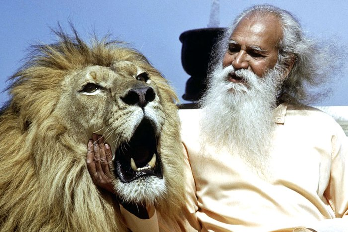 Swami Satchidananda and friend - 1967 became The Year Of The Swami.