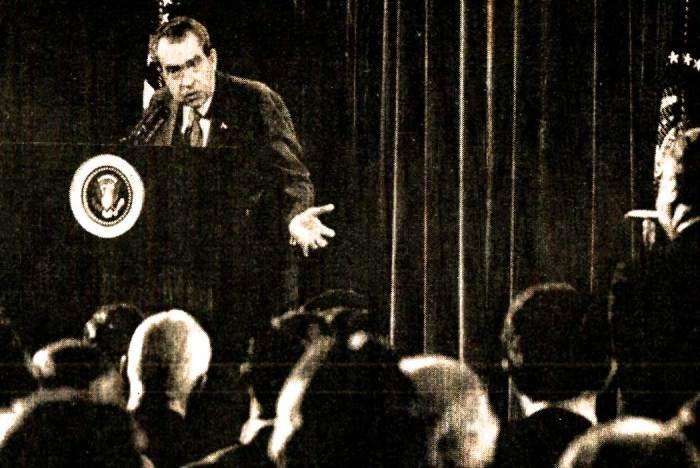 Nixon Press Conference - The love fest continued.