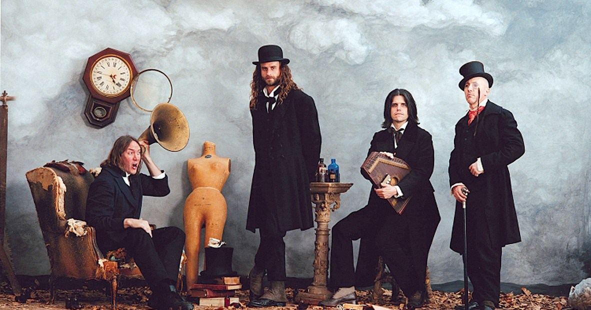 Tool in concert from Des Moines - 1993 - Photo: Travis Shinn