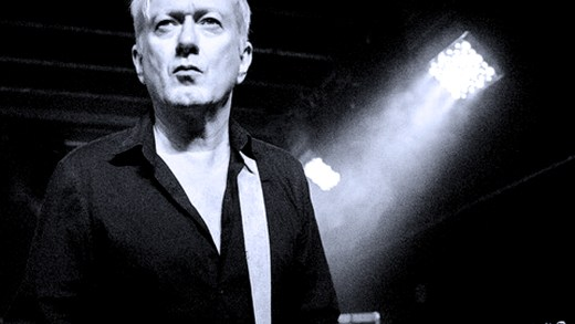 Andy Gill - Gang of Four - live in Paris 1995