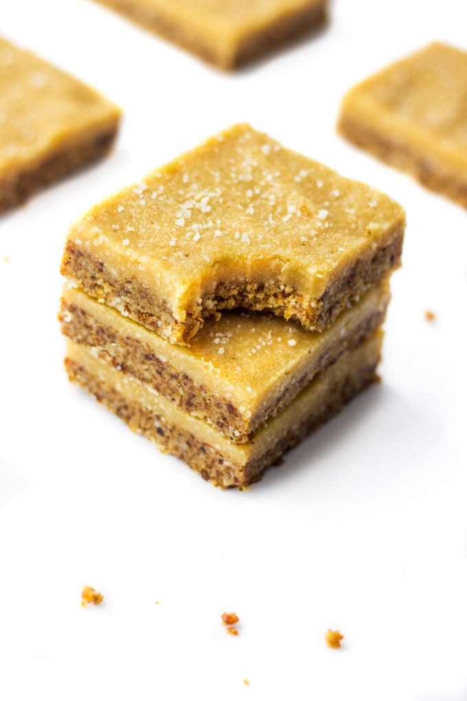 A Healthy No-Bake Vegan Vanilla Slice. It is smooth, creamy and melts in your mouth. Paleo, Vegan, Gluten-Free, Dairy-Free! | onecleverchef.com