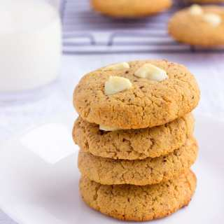 Almond Flour & Peanut Butter Protein Cookies