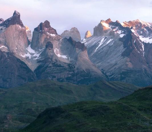 Sunrise near Los Cuernos