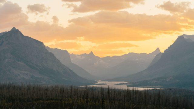 Sunset montana mountains