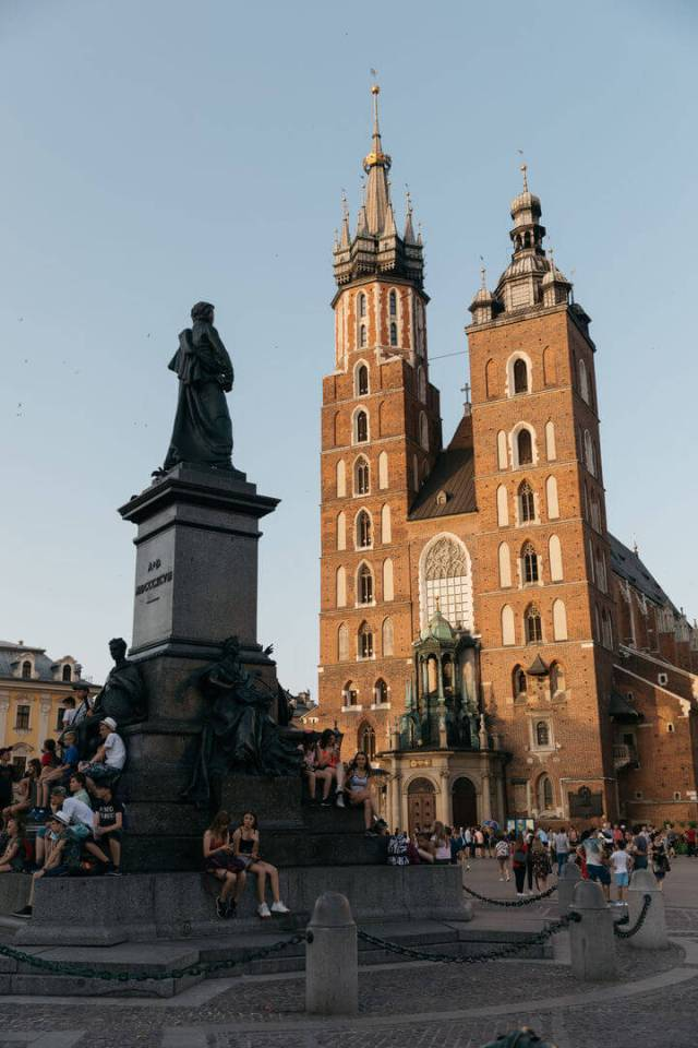 krakow old town square