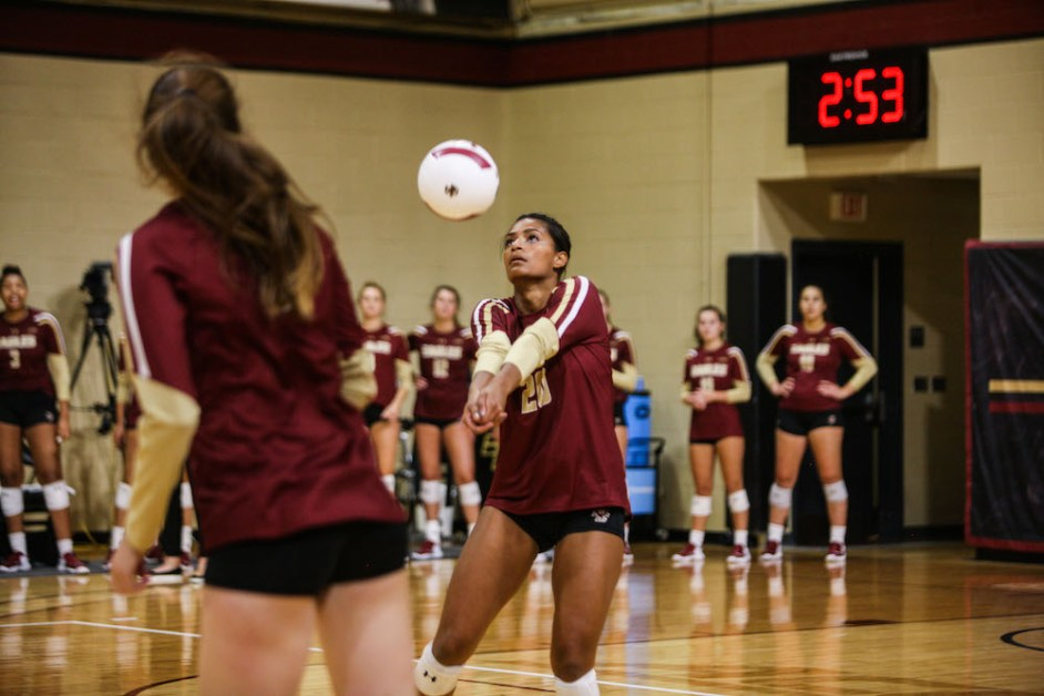 Eagles Battle but Swept by No. 3 Pittsburgh