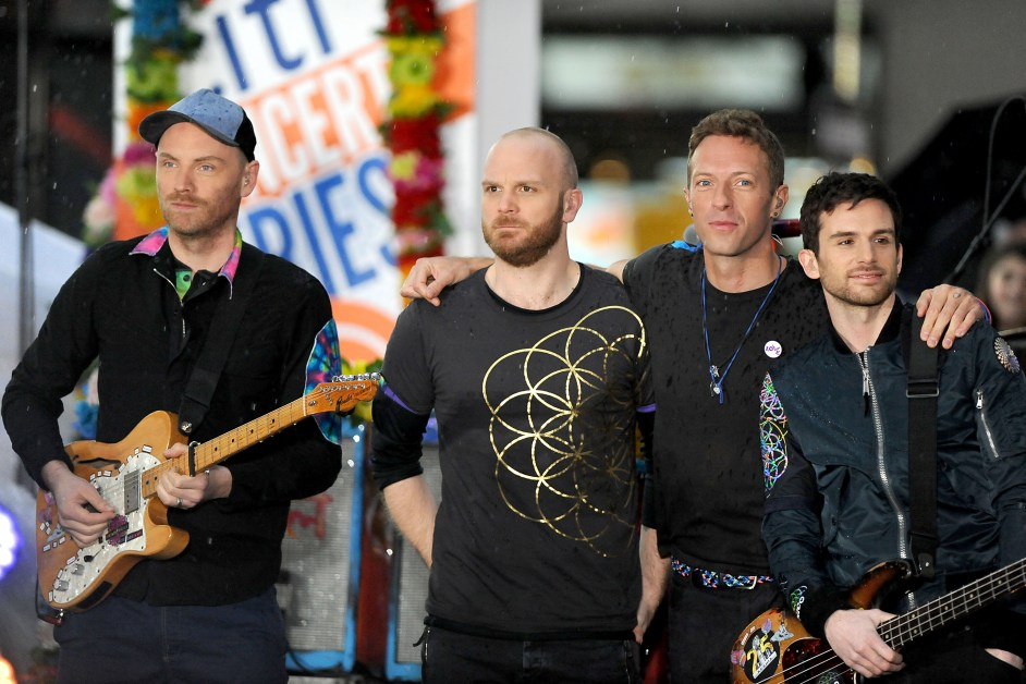 Coldplay Appeals for Peace on 'Everyday Life'