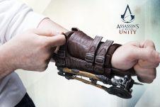 Assassins_Creed_Unity_Phantom_Blade_004_1414509376