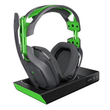 Xbox One A50 with charging station