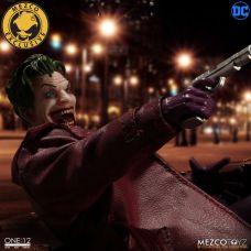 Mezco-Joker-10