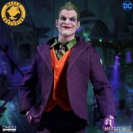 Mezco-Joker-16