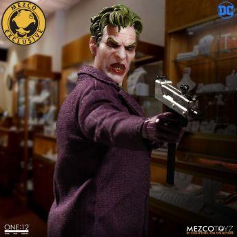 Mezco-Joker-20