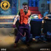 Mezco-Joker-22