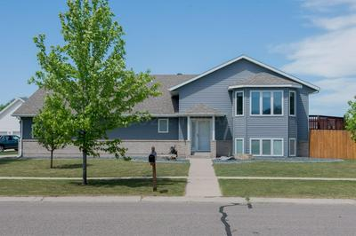 https www remax com homes for sale nd west fargo city 3884780