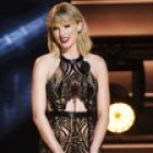 Taylor Swift Gives In, a Little, to Spotify