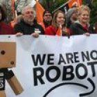 « We are not Robots » : des employés européens d'Amazon protestent contre leurs conditions de travail