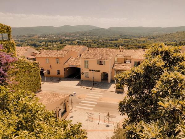 Petite ville de la Côte D'Azur - unsplash