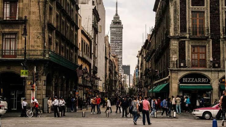 CIERRAN CENTRO HISTÓRICO DE LA CDMX  POR AFLUENCIA DE PERSONAS