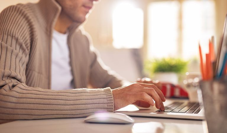 How to Write a Good Job Application Email