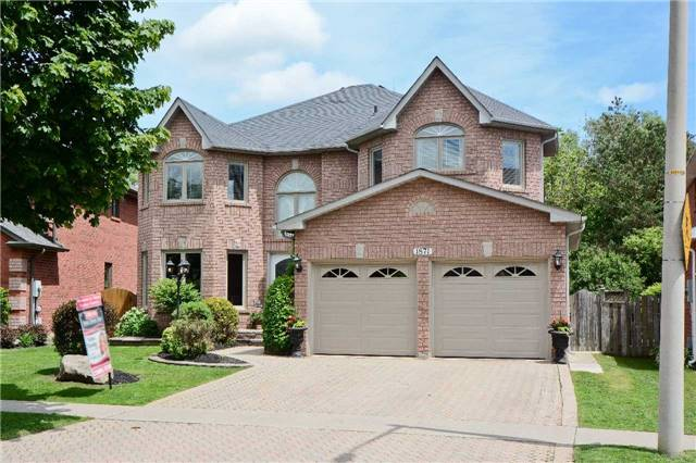 Stunning 5 Bedroom All Brick Beauty On A Ravine Lot In Family Friendly North Oshawa! Steps To Schools, Parks, Transit, Shops &Uoit, This Home Is Resplendent W/Upgrades & Luxury Finishes. Interlock On Both Driveway & Patio Surrounding Inground Pool. 9Ft Ceilings & Cali Shutters In All Primary Rms, Hardwood In All Beds & Thru-Out Main. Formal Dining W/Vaulted Ceiling, O/Concept Living & Family W/Gas Fire. 4 Spacious Upper Beds Incl Huge Master W/5Pc Ensuite!*