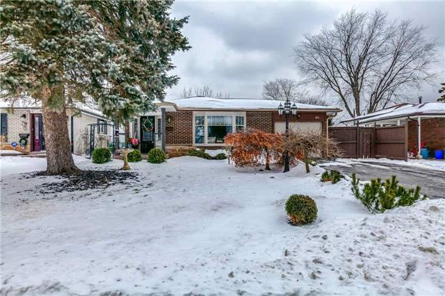 Investment Opportunity Here! Beautiful All Brick 2+2 Bed Bungalow W/Separate Apt/In-Law Suite (Non-Conforming)! Recently Upgraded Kitchen & Bath, Both W/Granite. Crown Moulding & Hardwood Thru-Out. Oversized Master Retreat W/His & Hers Closets & W/O To Large Covered Deck O/Looking Serene Yard. Lower Suite W/Full Kitchen, Living Space & Bed W/3Pc Ensuite. Addt'l Lower Bed & Large Storage/Laundry Room With B/I Cabinetry!