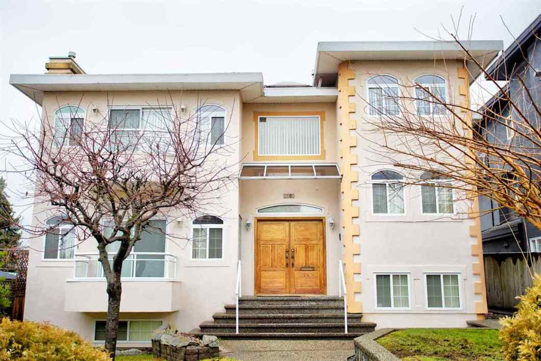 Top quality-built 2 level house + basement in quiet neighbourhood at Capital Hill. A deluxe home with Million dollar view-front & back. Great floor plan to utilize space. Bright and spacious family, living, kitchen, eating on main with high ceilings. Upstairs: 4 bedrooms, 2 ensuites, balconies with water and North Shore Mountain views. Featuring fully developed basement with separate entrance: 1 bedroom 1 den with full bathroom, generous living, dining, storage & laundry. Must See. First time on market.
