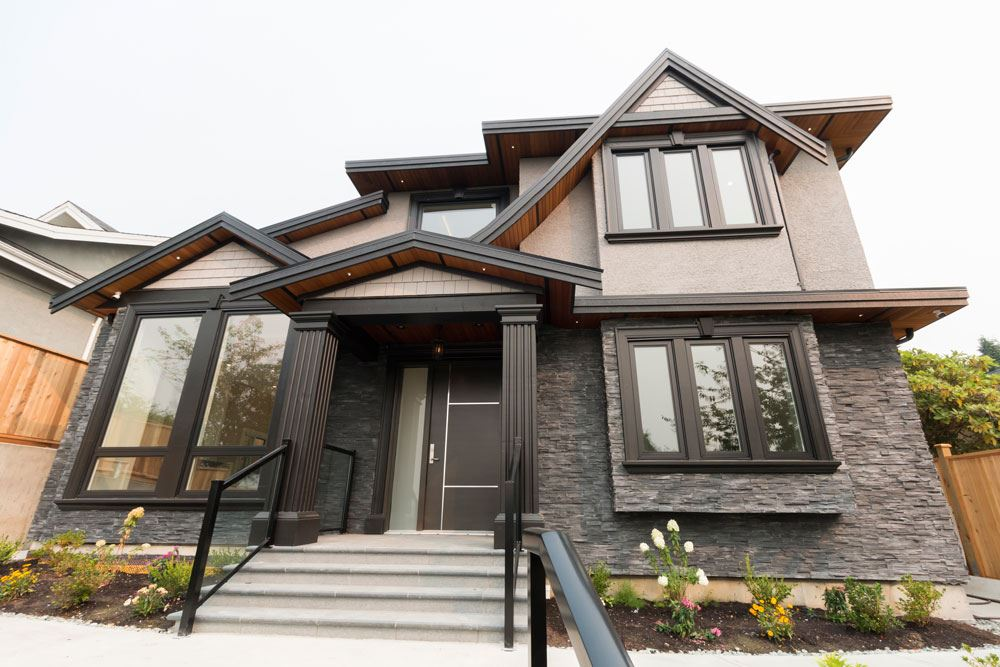 Welcome to this Brand new open concept home in sought after Brentwood Park area. 7 bedrooms, 5 bathrooms. Quality finishing. Legal secondary suite. Conveniently located near Brentwood Mall. Walk to schools, shopping and transportation. Call today! Open house Feb 25 Sun 2:00pm - 4:00pm.