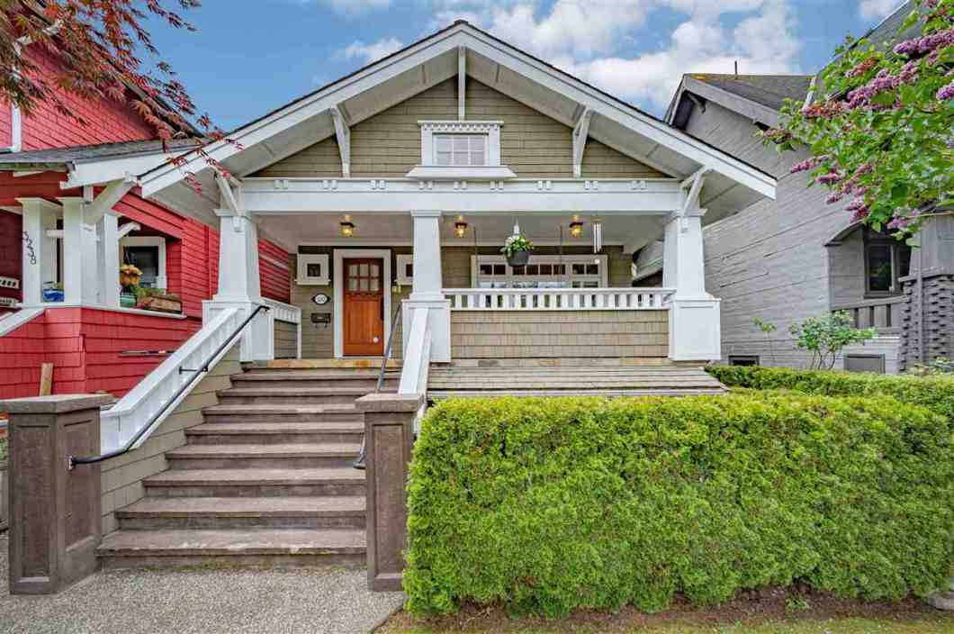 Rare Lifetime Opportunity! North of 4th - 2.5 blocks to dedicated bike/pedestrian path of Point Grey Rd and waterfront, close to Jericho and Kits BEACHES. Trendy shopping on W. 4th. Come & experience this stunning, beautiful Craftsman Style 1/2 duplex with RARE complete occupation of the main & top levels. This 3 bedroom gem offers many classic details such as a bright gourmet kitchen w/large granite island/breakfast bar opening into a large family room w/gas fireplace, bright & spacious open floor plan. Exquisite Brazilian Cherry hardwood floors with radiant floor heating, coffered ceilings, wainscoting & custom millwork, built in sound system, practical laundry room. Enjoy the gorgeous south-facing sundeck & backyard, north facing front porch. Don't miss out. Must come & See.