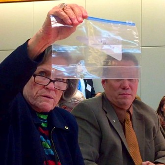 Sen. Mary Kay Papen, D-Las Cruces, demonstrating pills that resist crushing while Sen. Craig Brandt, R-Rio Rancho, looks on. Courtesy photo.