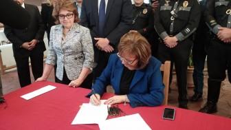 Susana signs DL bill