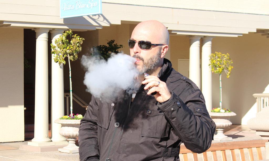 Senate votes to apply smoking rules to vaping | The NM