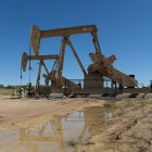 Oil Well and pump jack searchlight