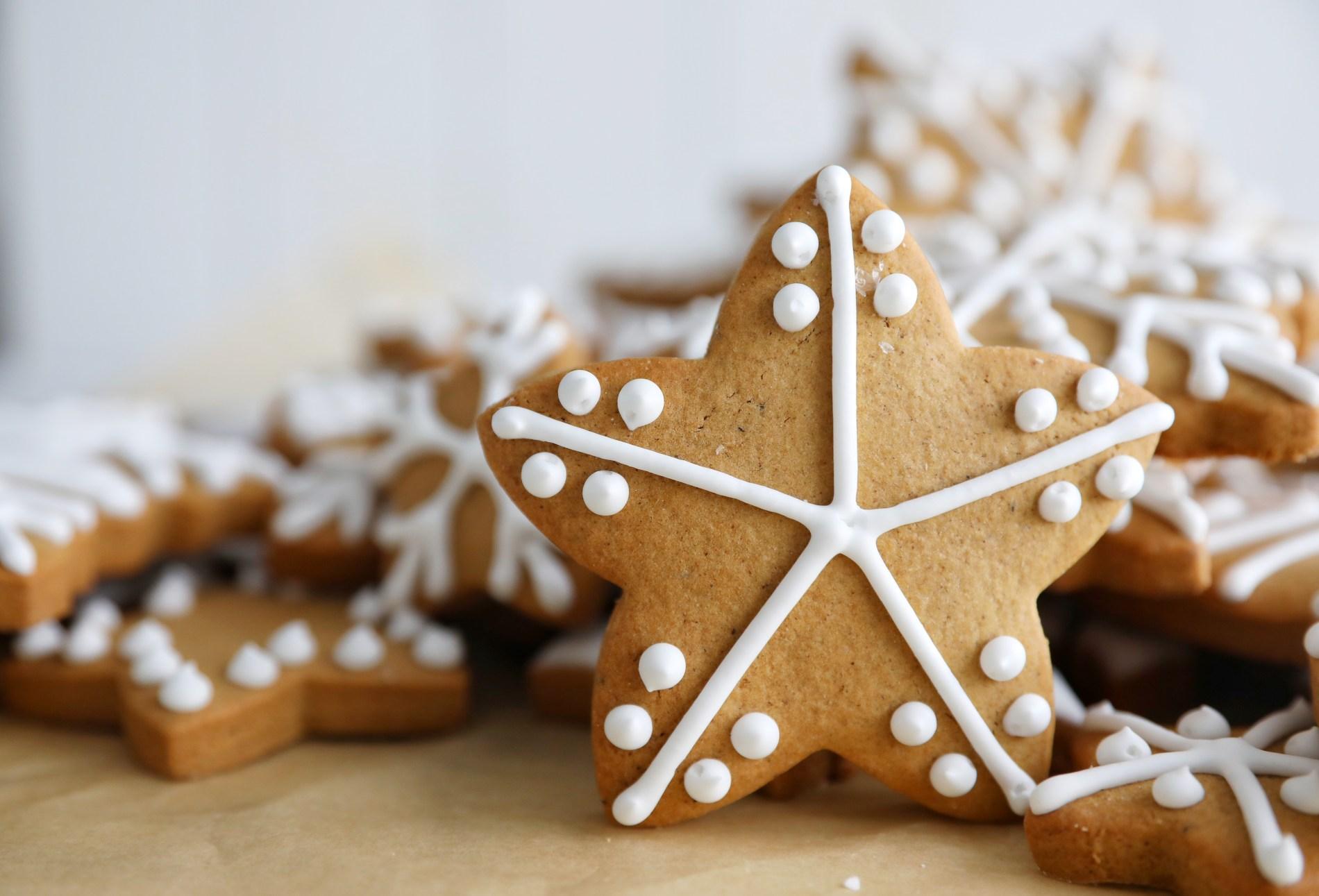 Gingerbread Snowflakes Simply Beautiful Eating