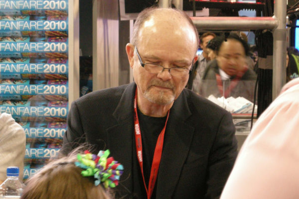 "Kurtwood Smith at a signing at Fox FanFare 2010. He plays Leslie Claret in the new Amazon TV show ""Patriot."" CRISHNA SIMMONS/ FLICKR VIA CC BY NC 2.0"