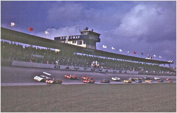 Start of the 1967 24 Hours of Daytona