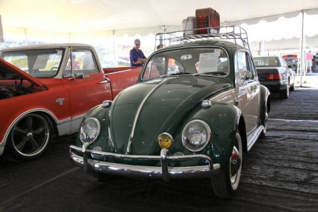 1965 Volkswagen Beetle 2-Dr. Sedan