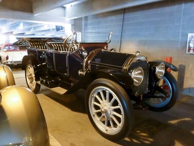 1913 Pathfinder Series XIII 5-Passenger Touring