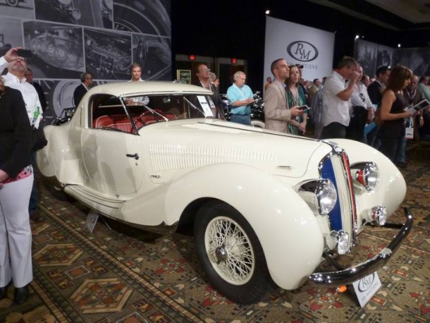 1938 Delahaye 135 Coupe, Body by Figoni and Falaschi